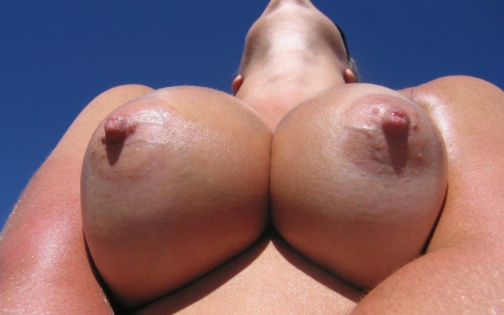 Big Natural Tits Porn Pics