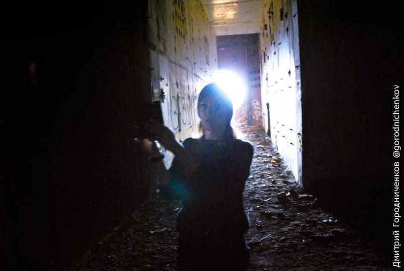 Темнота внутри Крымской АЭС полная